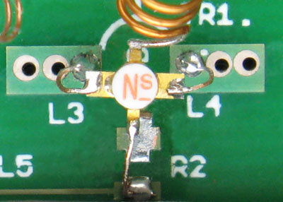 Fig. 4.19 Close Up of Source Lead Inductors