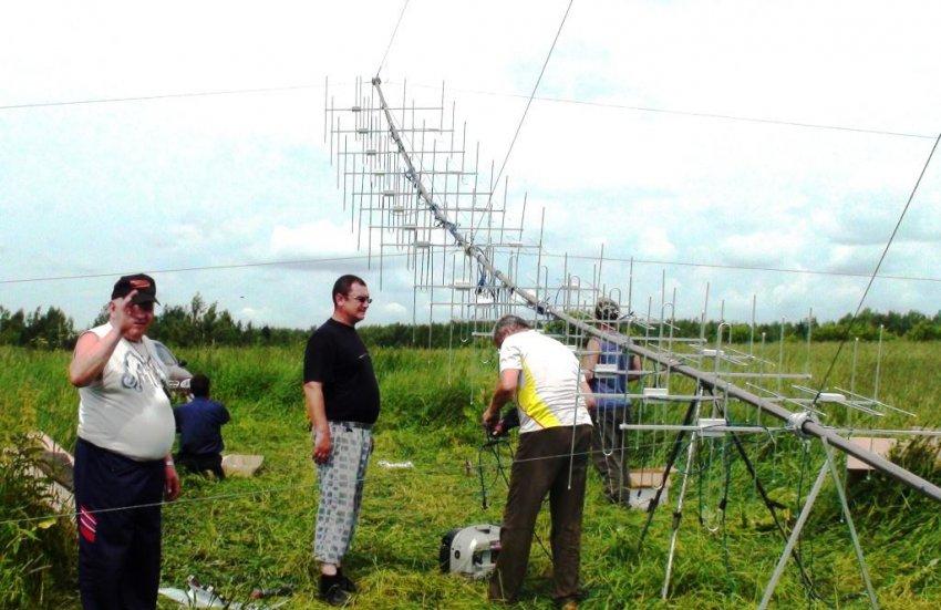 UA3APA - Сборка решетки на 144 МГц.JPG 1