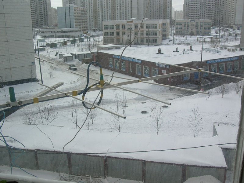 антенна RU3ACE в Москве,длина 1 метр